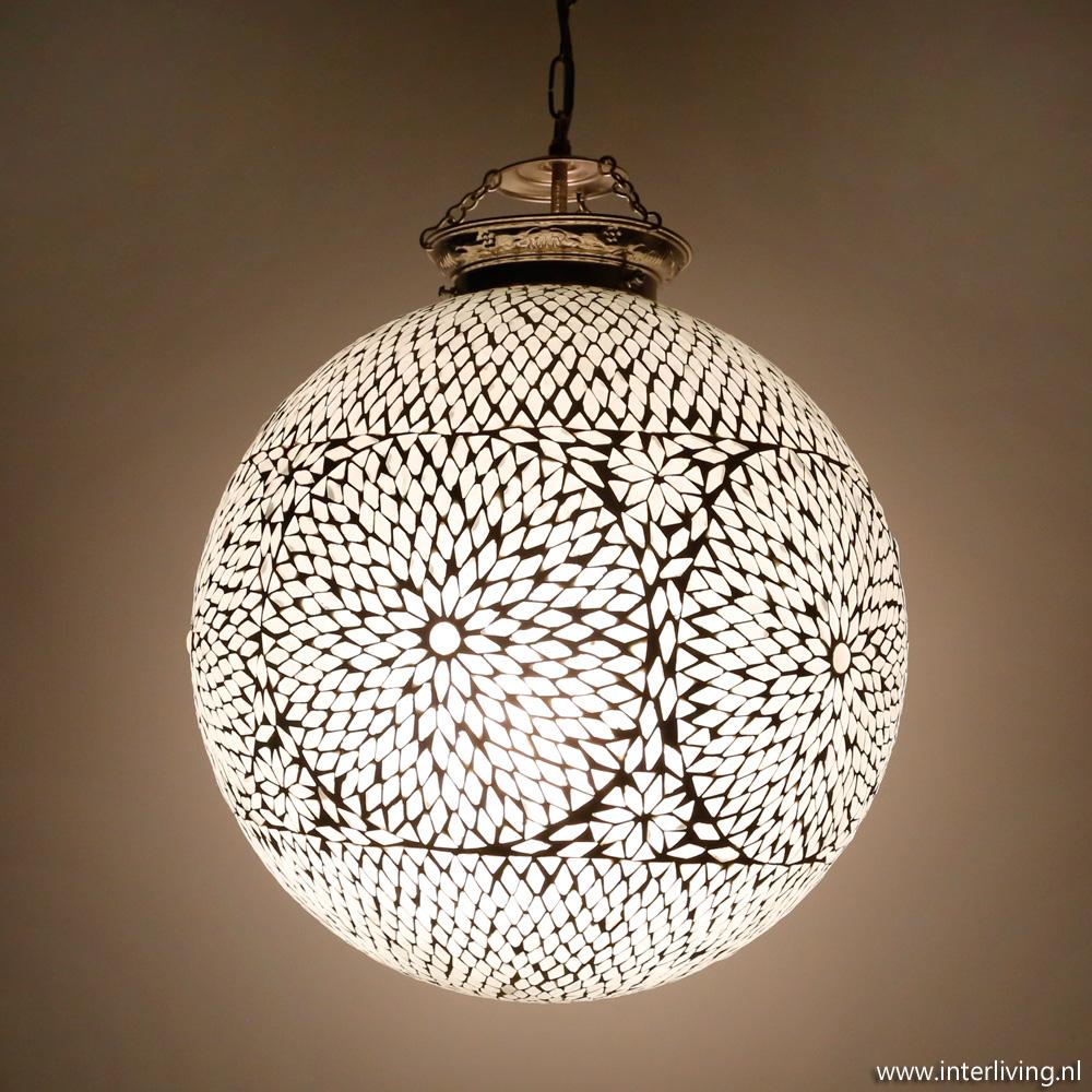 oosterse grote bol hanglamp wit glas modern mozaiek tiffany art-deco