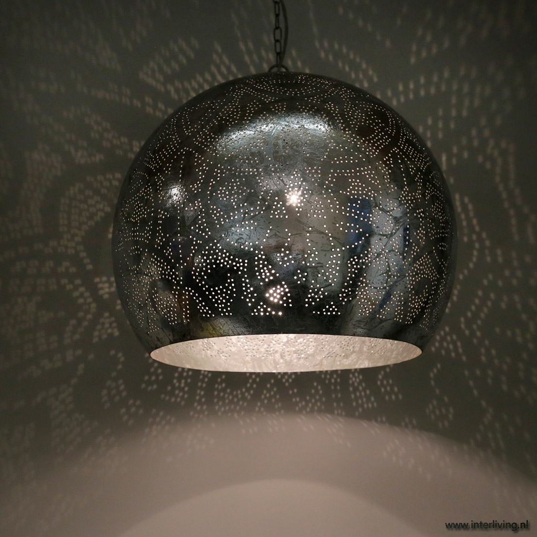 Verweerde industriële hanglamp bol xxl oosterse stijl met gaatjes