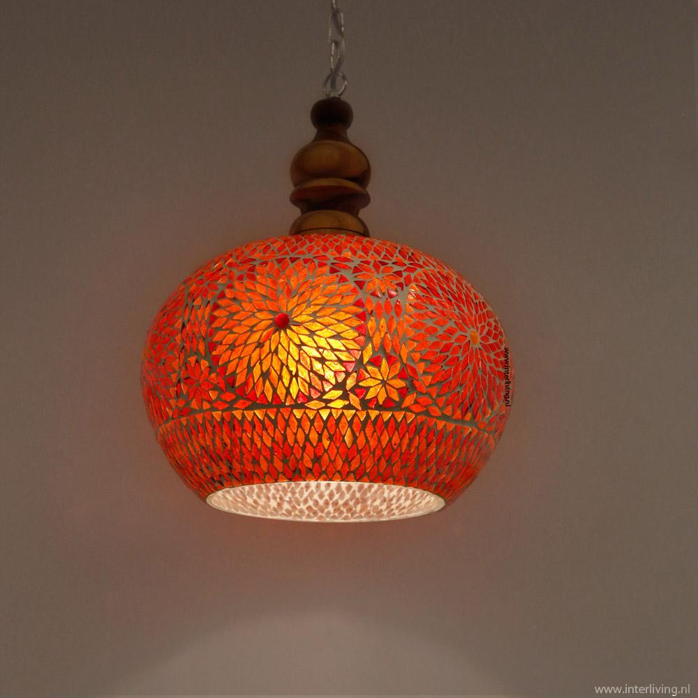https://www.interliving.nl/wp-content/gallery/hanglamp-36-cm-oosters-glas-mozaiek-patronen/rode-retro-hanglamp-groot.jpg