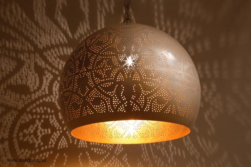 Stoere Hanglamp Slaapkamer : Industriële hanglampen als nachtlamp slaapkamer ideeën