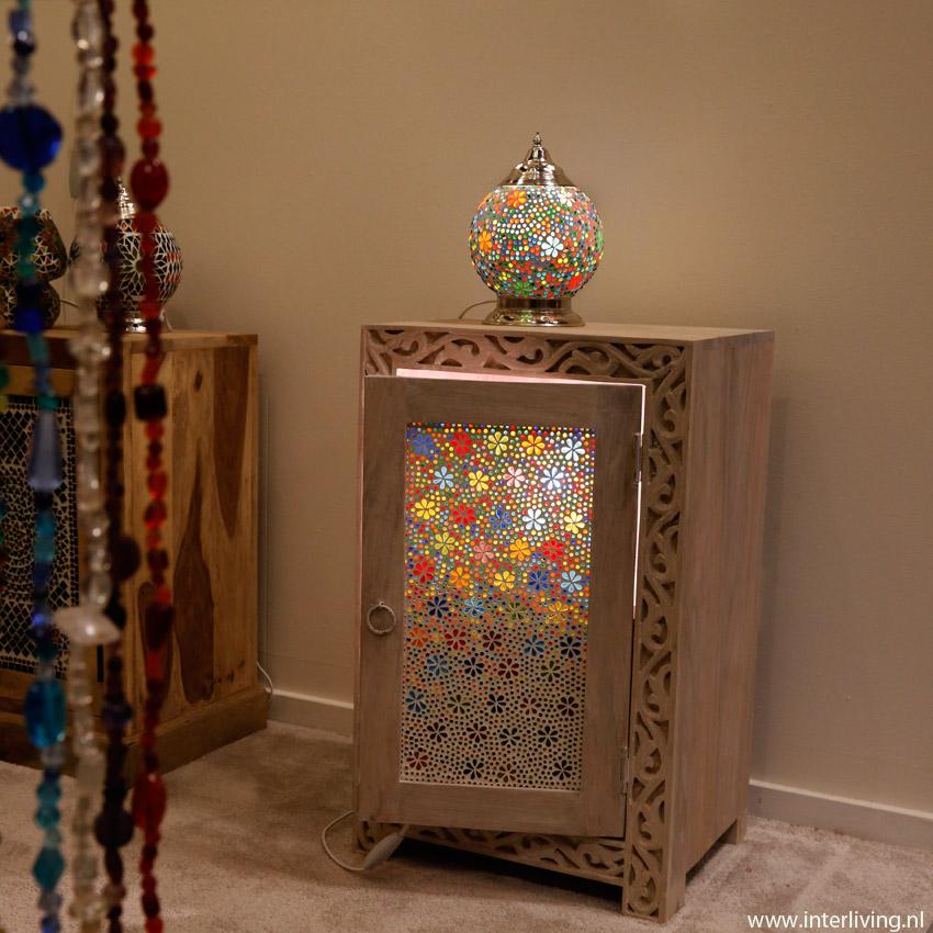vintage india meubelen met led sfeerverlichting verlicht je kast