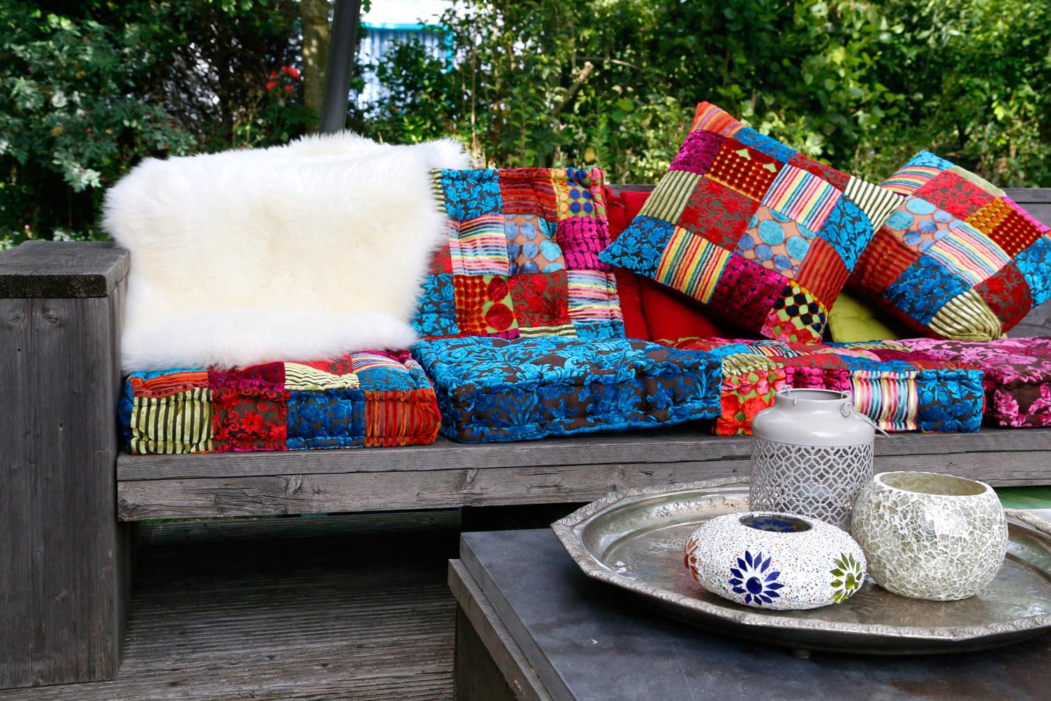 kleine vloerkussens van patchwork fluweel kleurrijke Boho Ibiza lounge