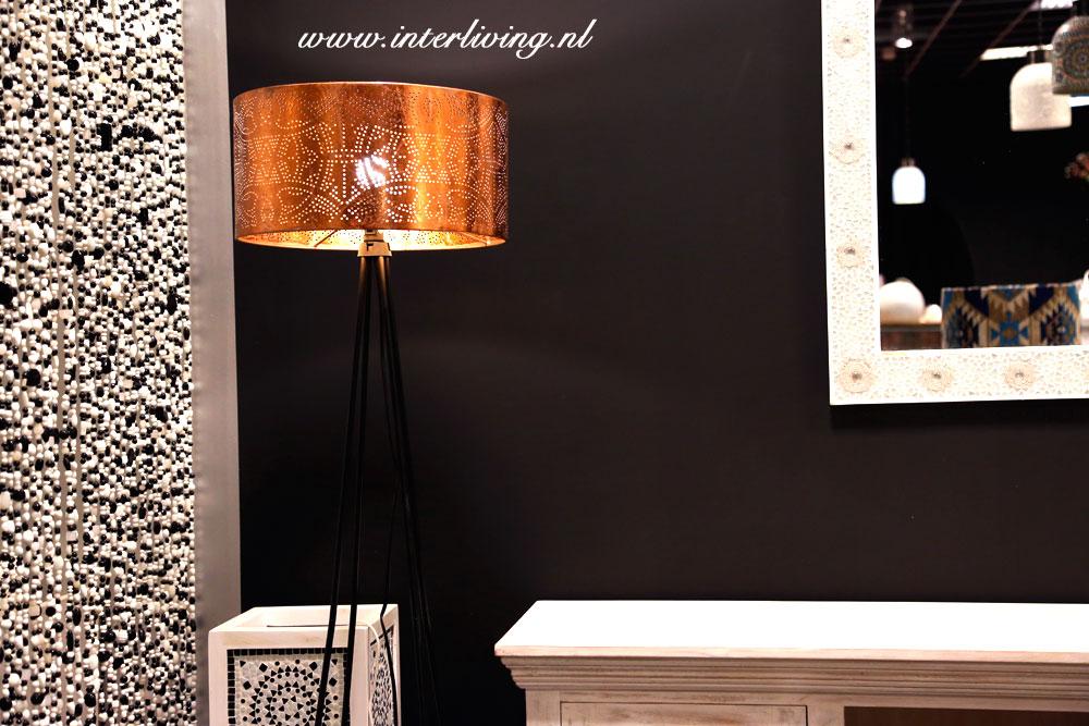 Hanglamp Slaapkamer Wit : Lampenkap koper filigrain lamp in zwart wit interieur webwinkel