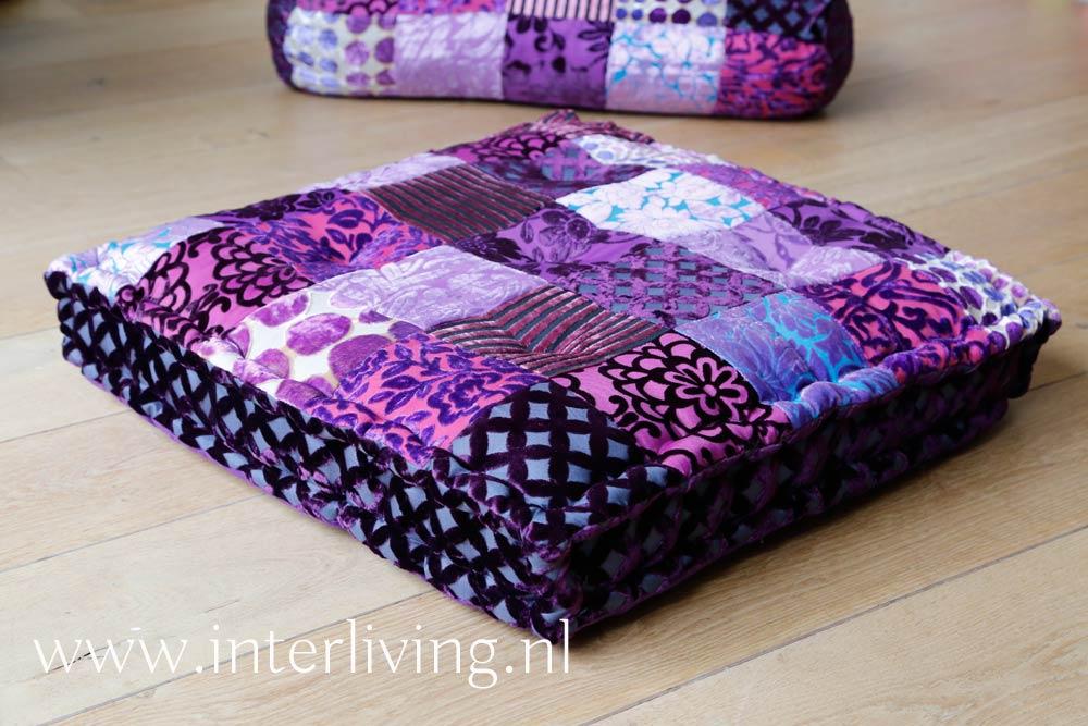 Paarse Slaapkamer Spullen : Paarse kleurrijke patchwork sierkussens vloerkussens en armrollen