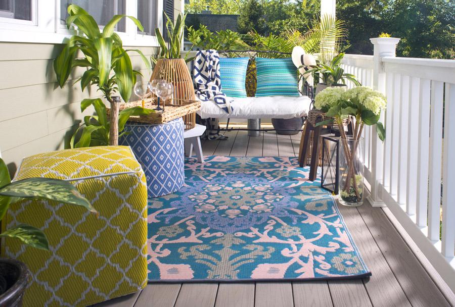 Idee en tips makeover balkon terras met plastic oosters bloemen kleed - Idee terras ...