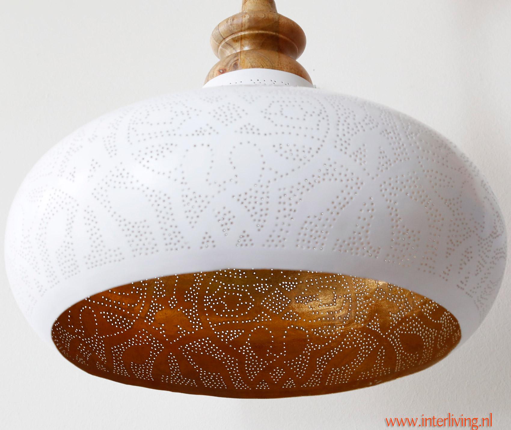 grote hanglamp wit filigrain