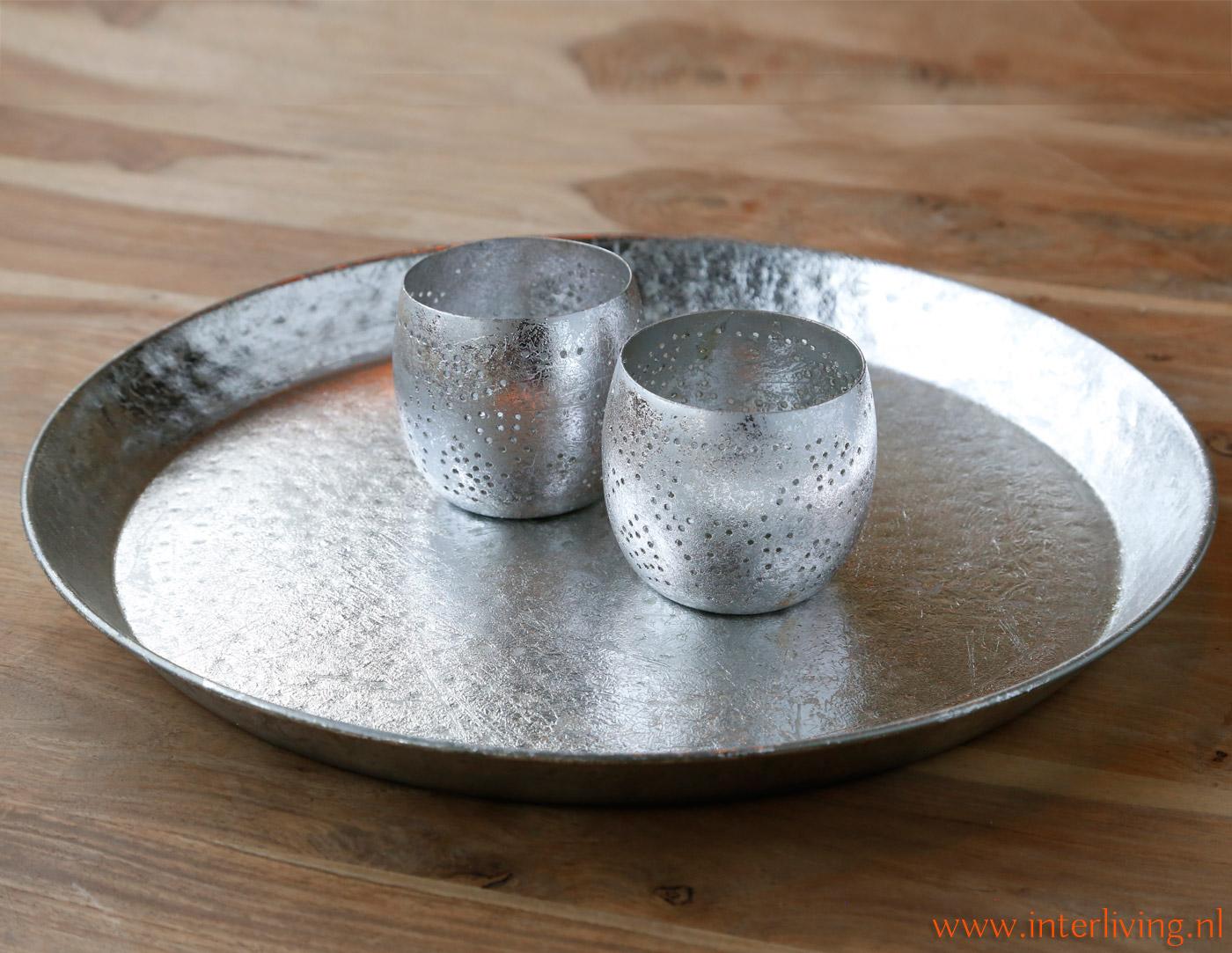 Zilverkleurig Rond Bijzettafeltje.Rond Metalen Vintage Dienblad Hamerslag Goud Zwart Wit Zilver