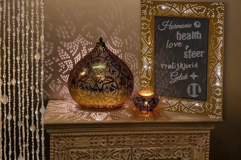 Oosterse tafellamp -filigrain - goud