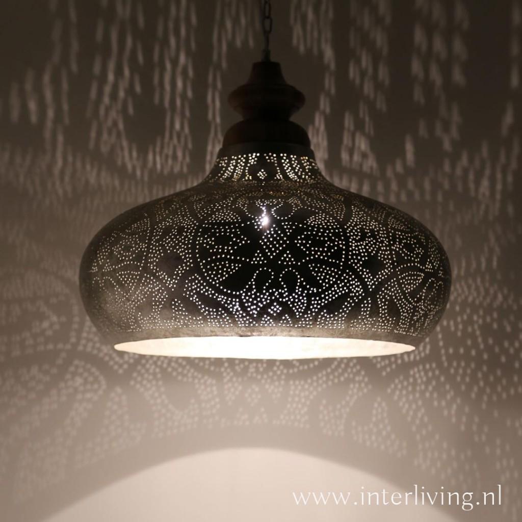 Grote hanglamp voor boven de eettafel vintage zilver met for Grote hanglamp eettafel