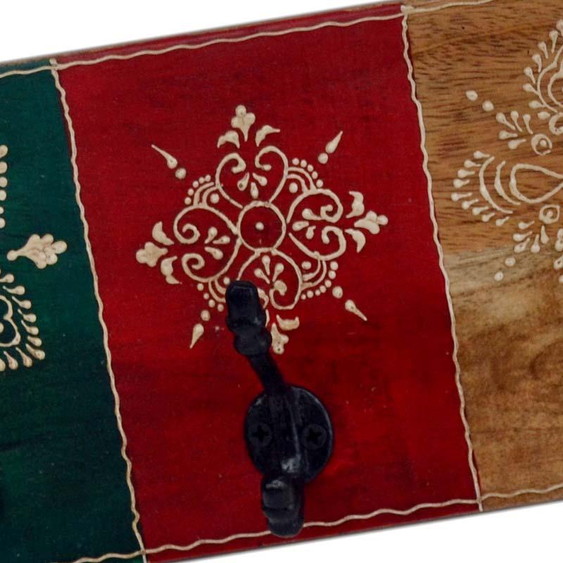 handgemaakt en decoratief versierde kapstok