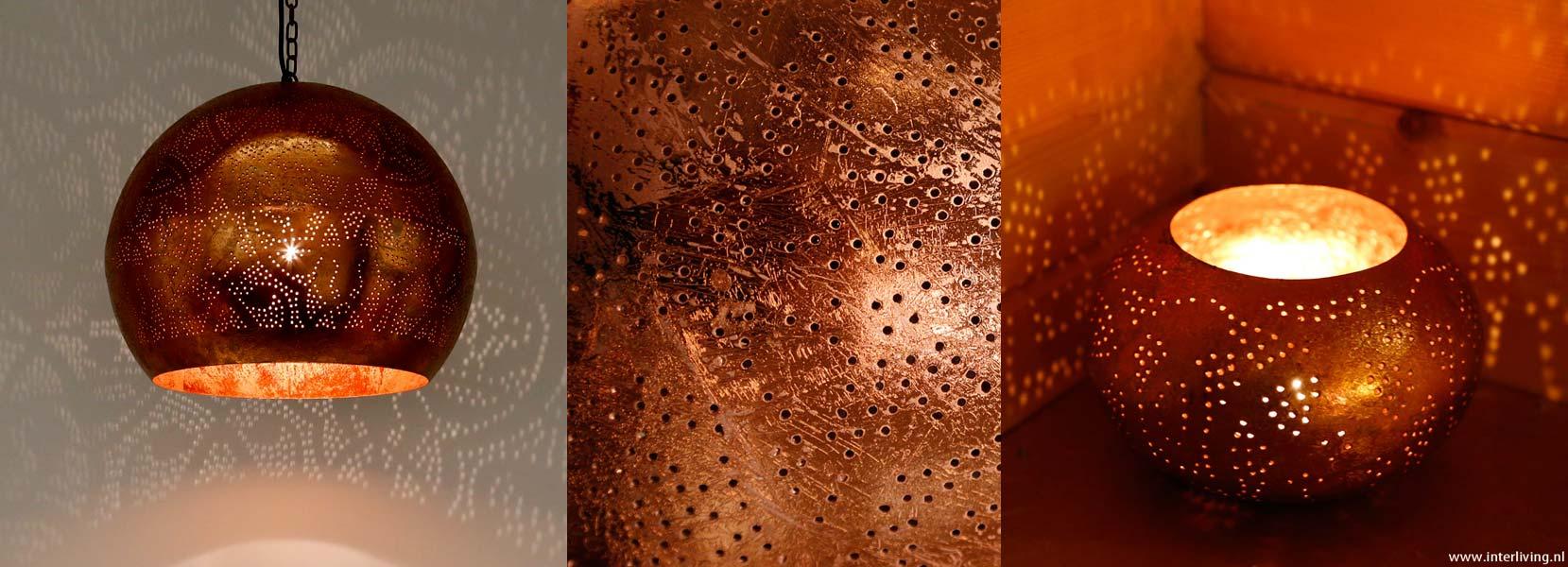 grote hanglamp van vintage koper metaal als sfeerlamp met oosterse, handgemaakt uit India voor een stoer interieur met een warm gevoel