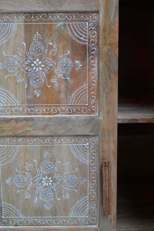 hand geschilderde patronen van rangoli of kolam genaamd uit India voor voorspoed en geluk
