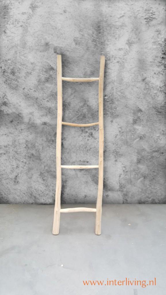 Verbazingwekkend decoratieve naturel houten ladder van acacia hout voor je interieur FF-88