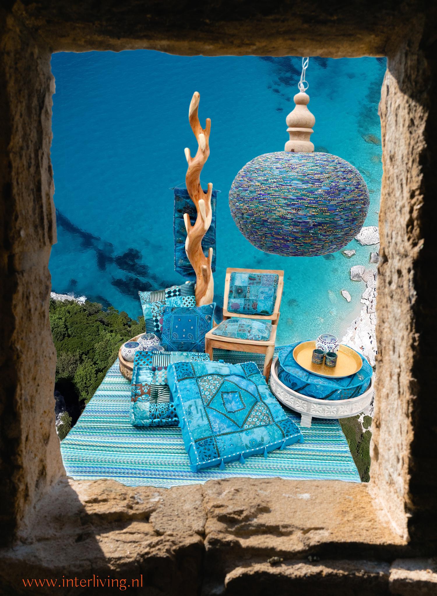 stunning oosterse kast met with aqua blauw interieur
