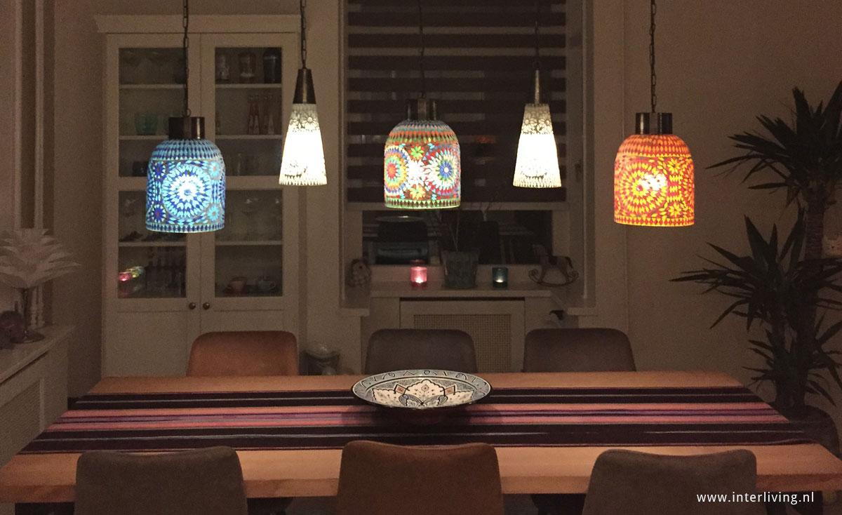 oosterse sfeerverlichting met 5 hanglampen