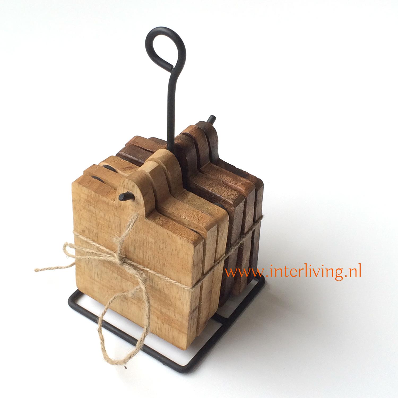 mangohout onderzetters vierkant - met bescherm nopjes -om op te hangen