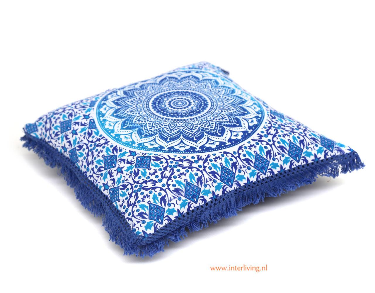 kussen--katoen-mandala--blauw-wit-print-vierkant-franje-rand