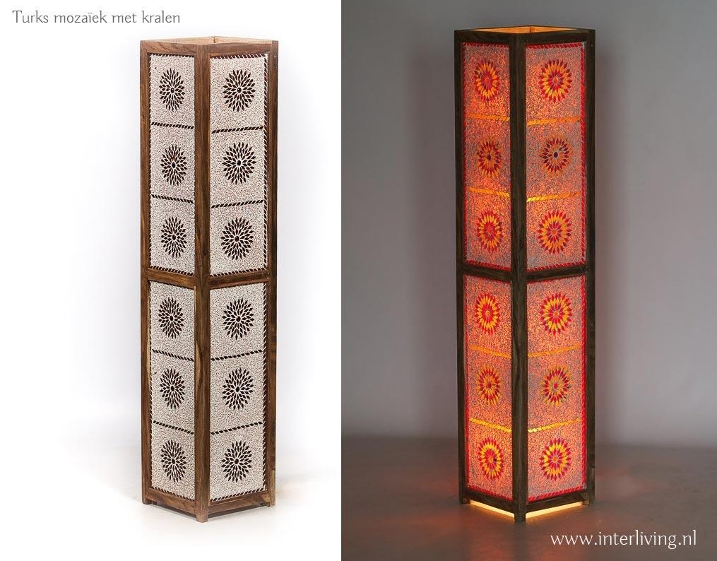 staande lamp van turks mozaiek met kralen