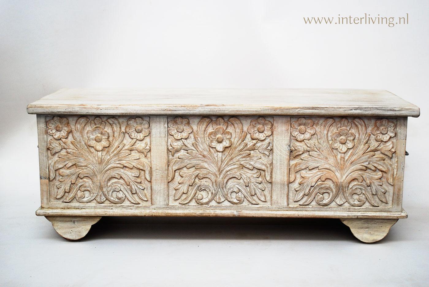 Witte Houten Dekenkist.Indiase Dekenkist Met Houtsnijwerk In Witte Bloemen White Wash