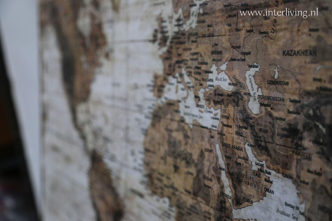 wereldkaart houten panelen