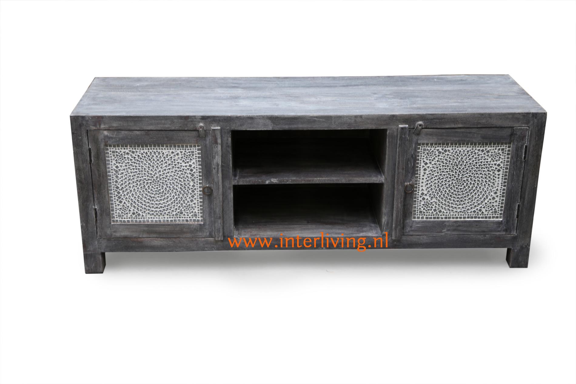 Tv Kast Antiek : Tvmeubel een dressoir of opberg kast in een donkergrijze uitvoering