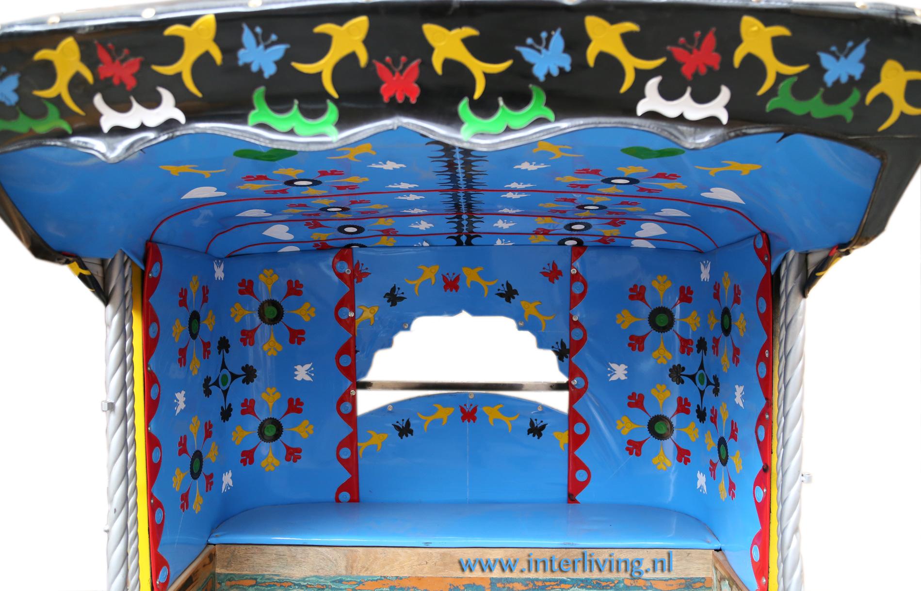 riksja - bijzondere bank of loveseat - styling horeca interieur