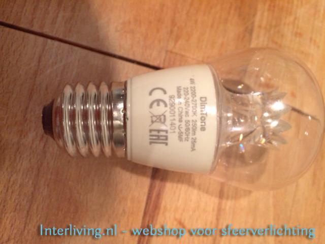 advies-filigrain gaatjeslamp - LEDbulb met dimtone en kroontje voor de mooiste licht en schaduw patronen op de muur in huis en interieur