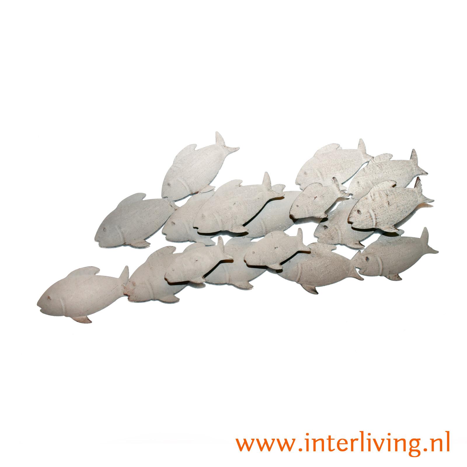 vissen van metaal voor aan de muur