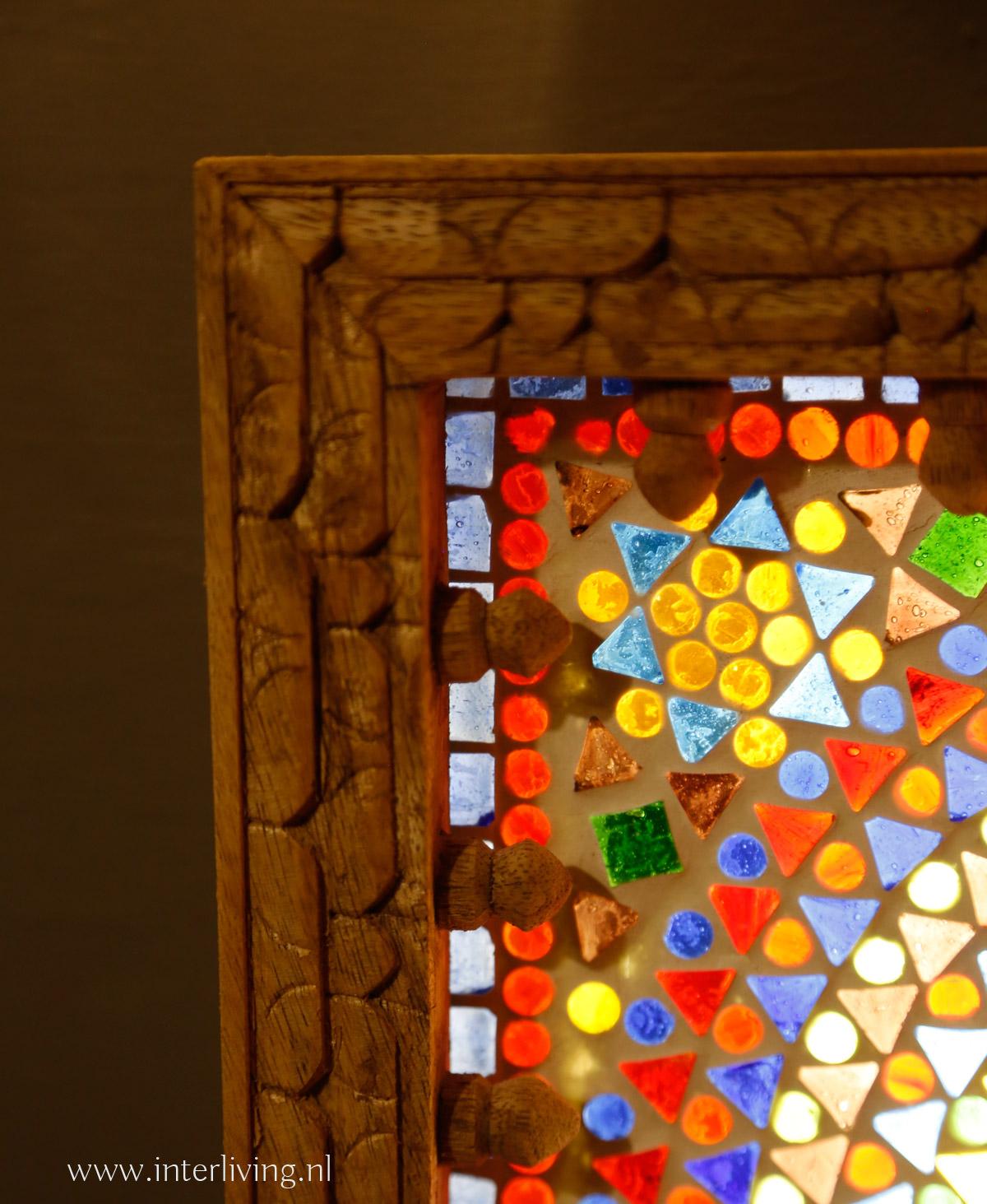 vierkante wandlamp met mangohouten lijst - oosters glasmozaïek patronen