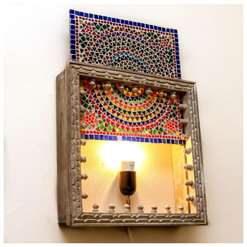 oosterse wandlamp met hout & houtsnijwerk - kleurrijke Turkse stijl met glasmozaïek