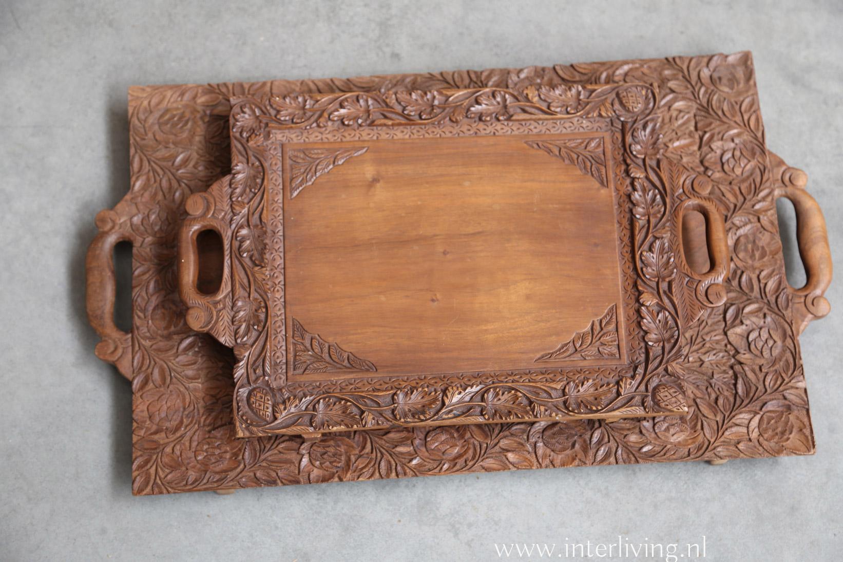 oosters dienblad op pootjes - vintage hout - bewerkt blad - rechthoek model - styling voor huis