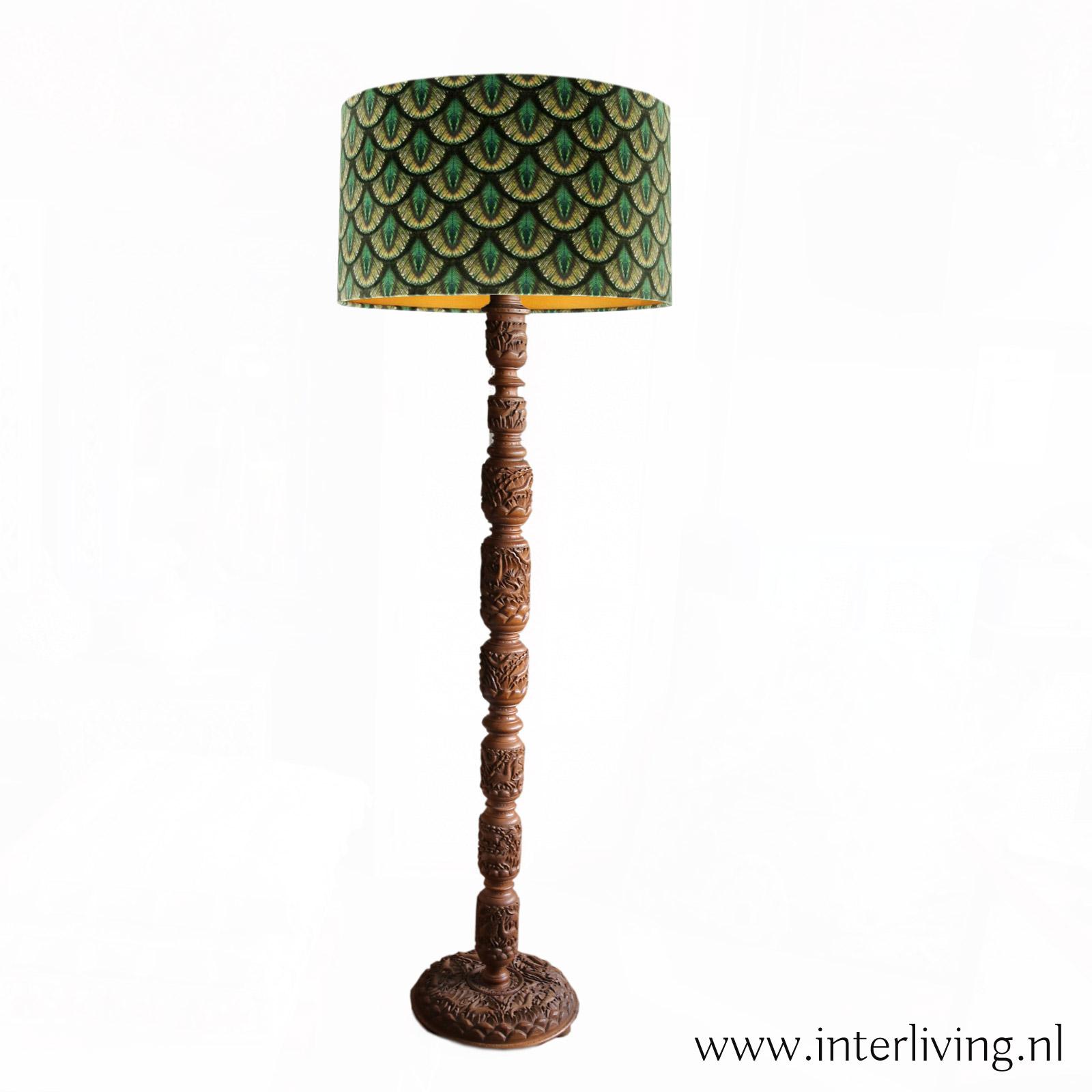 oosterse staande houten lamp - retro boho design - lampenvoet gedecoreerd walnotenhout - sfeerverlichting & styling voor huis