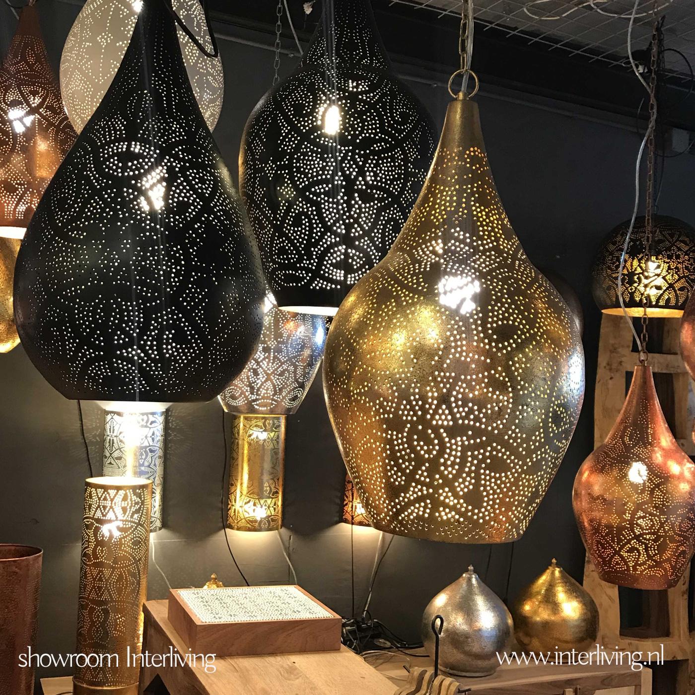 filigrain hanglampen in de winkel