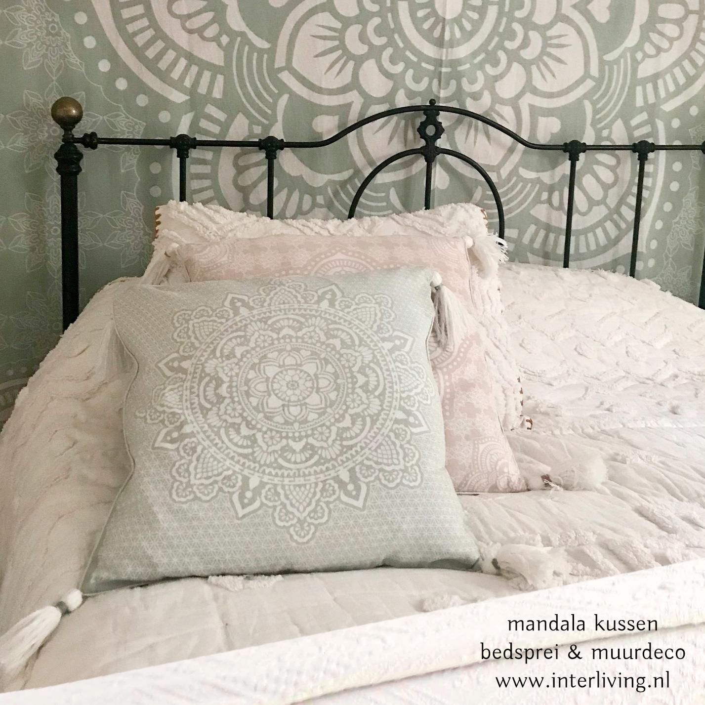 katoen doek of laken met Mandala print - wit groen bedsprei Boho Ibiza chic