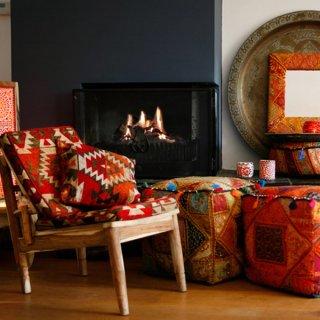 Kussen en poef van patchwork en kelim