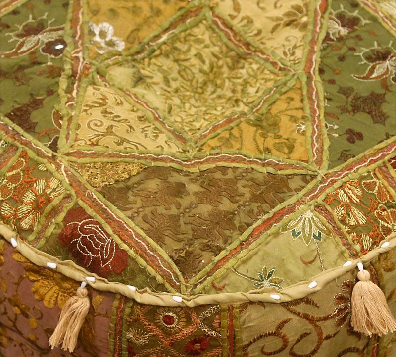 Poef en vloerkussen warme kleuren olijf beige groen brons bruin - Beige warme of koude kleur ...